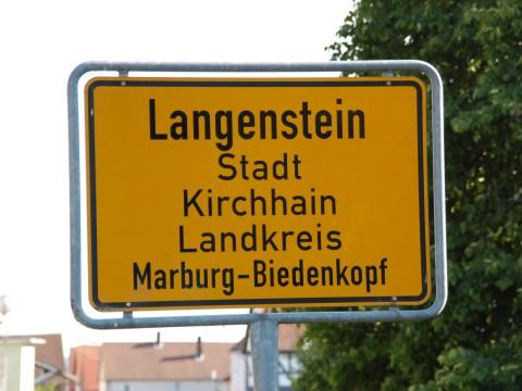 Ortsschild des Kirchhainer Stadtteils Langenstein